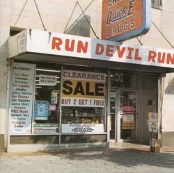 Run devil run [DOCUMENTO SONORO]